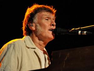 Steve-Winwood-2013
