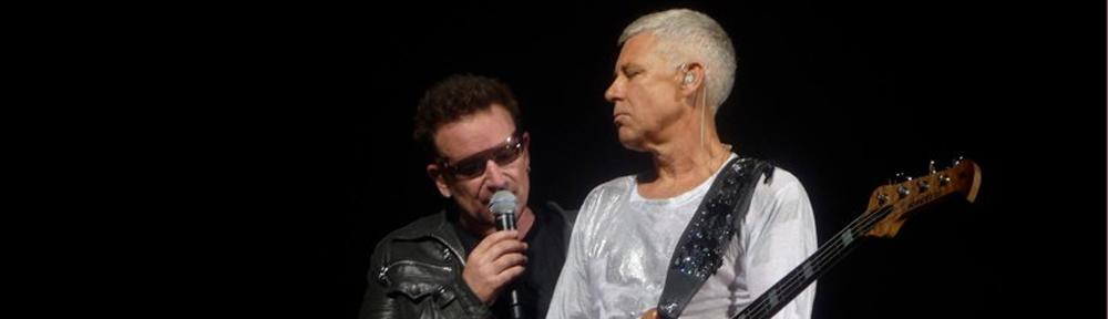 Bono und Adam Clayton von U2 in Hannover 2010