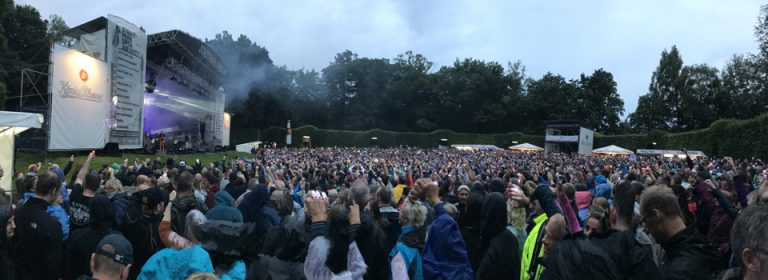 Fury im Stadtpark: Regen, Rock & Retro-Feeling.