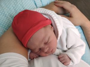Baby nach Hypnobirthing-Geburt
