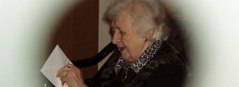 Liebe Oma.
