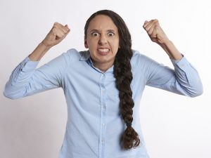 Wütende Mutter - manchmal kann einen niemand so wütend machen wie die eigenen kinder